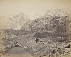View of the great Shigri Glacier.